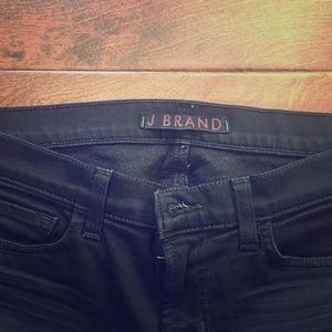 J BRAND The Skinny Jean black